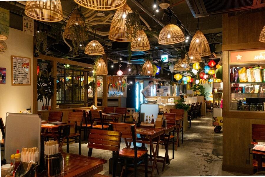 ベトナム料理 NONLA 本町店 店内写真