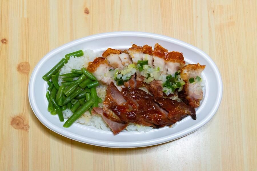 美味屋さん焼きチャーシューと皮つき焼き豚丼弁当